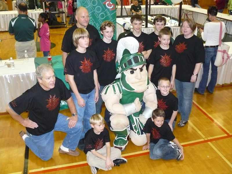 Team_with_Sparty[1] (2)